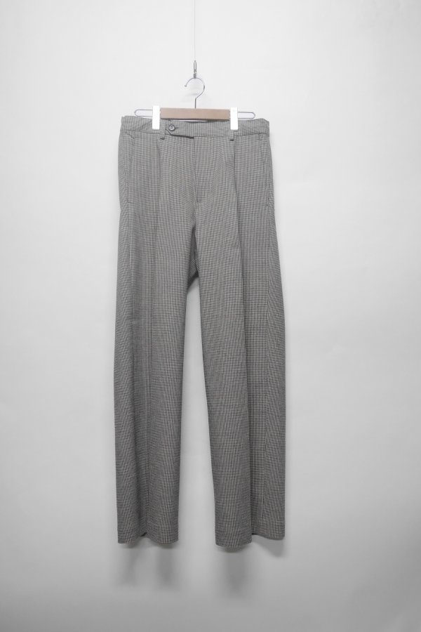 BAGGY TROUSERS WITH DOUBLE PLEATS IN A STRAIGHT FIT