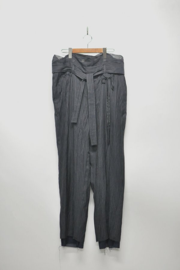 BELTED PANTS – STRIPE